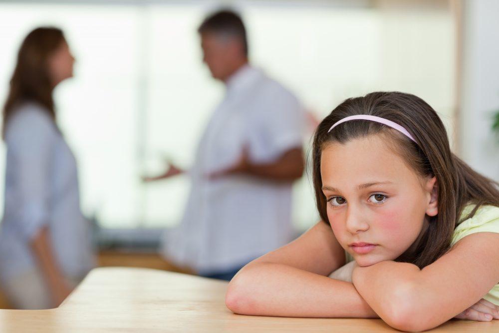 Verdrietig Meisje Ouders Echtscheiding